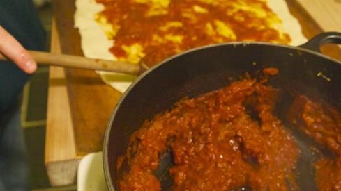 Pizzasauce i gryde